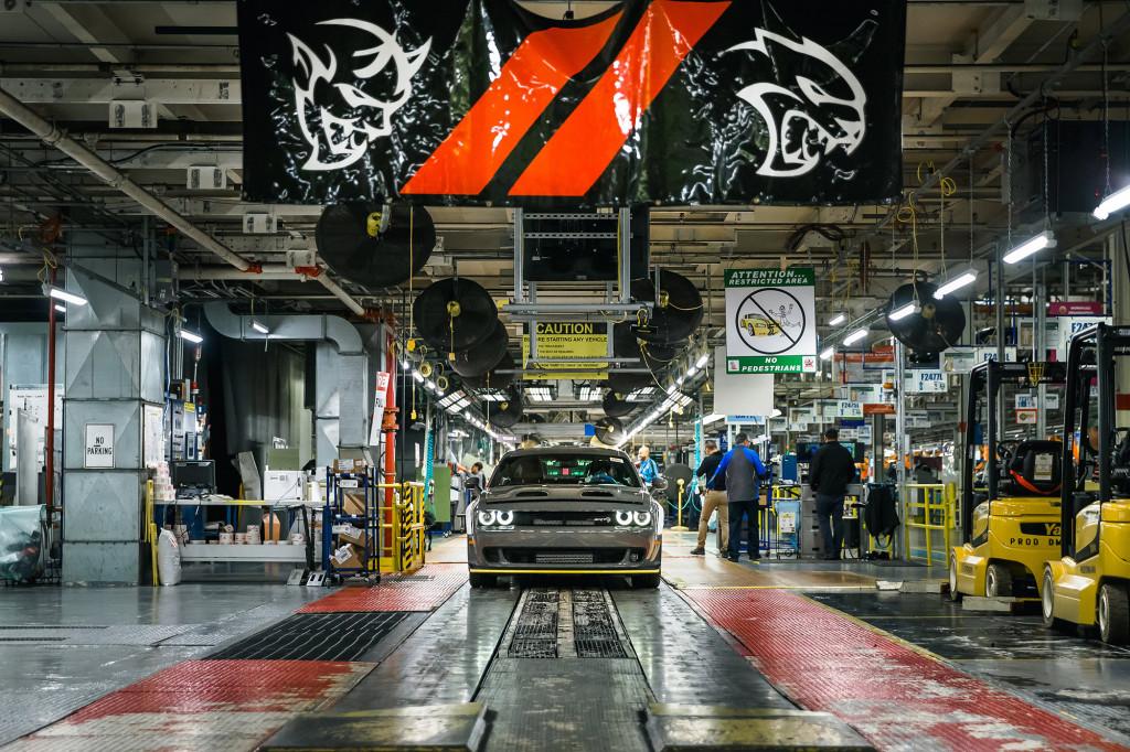 First 2019 Dodge Challenger SRT Hellcat Redeye rolls off assembly line