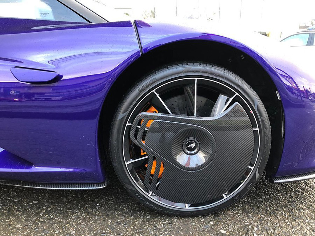 First McLaren Speedtail delivered to a customer