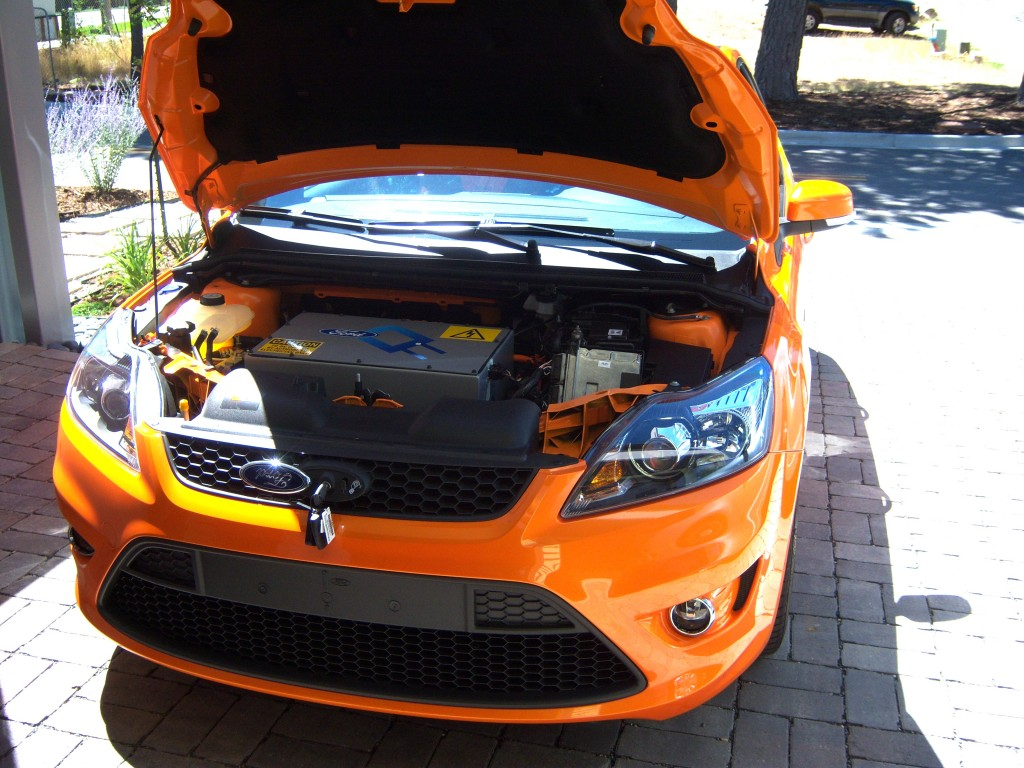 Image: Ford Focus Electric Pre-Production - Hood Open ...