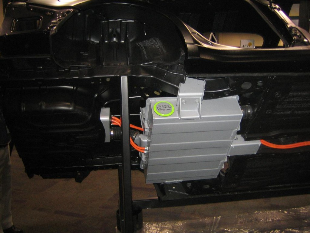 Image: Ford Focus EV - battery pack under rear seat, size ...