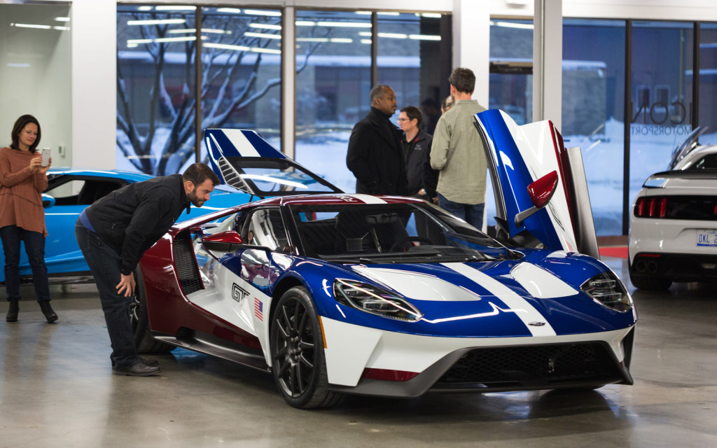 "Ford employees can choose exclusive ""Victory"" paint scheme for GT"