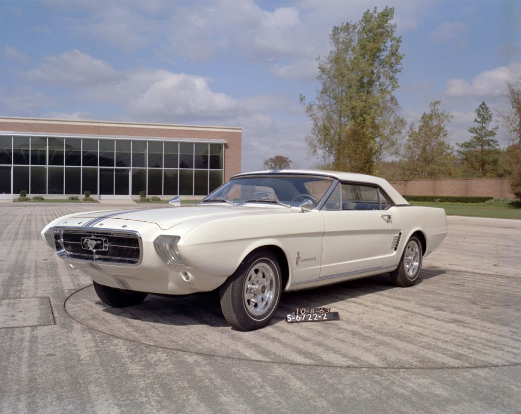Ford Mustang II Concept Car