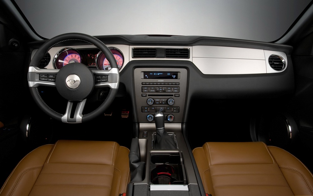 2010 Ford Mustang Review Interior Features