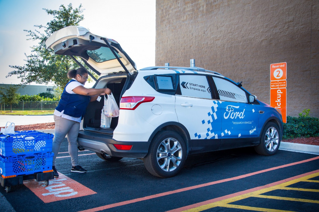 Ford, Walmart team up for self-driving delivery program