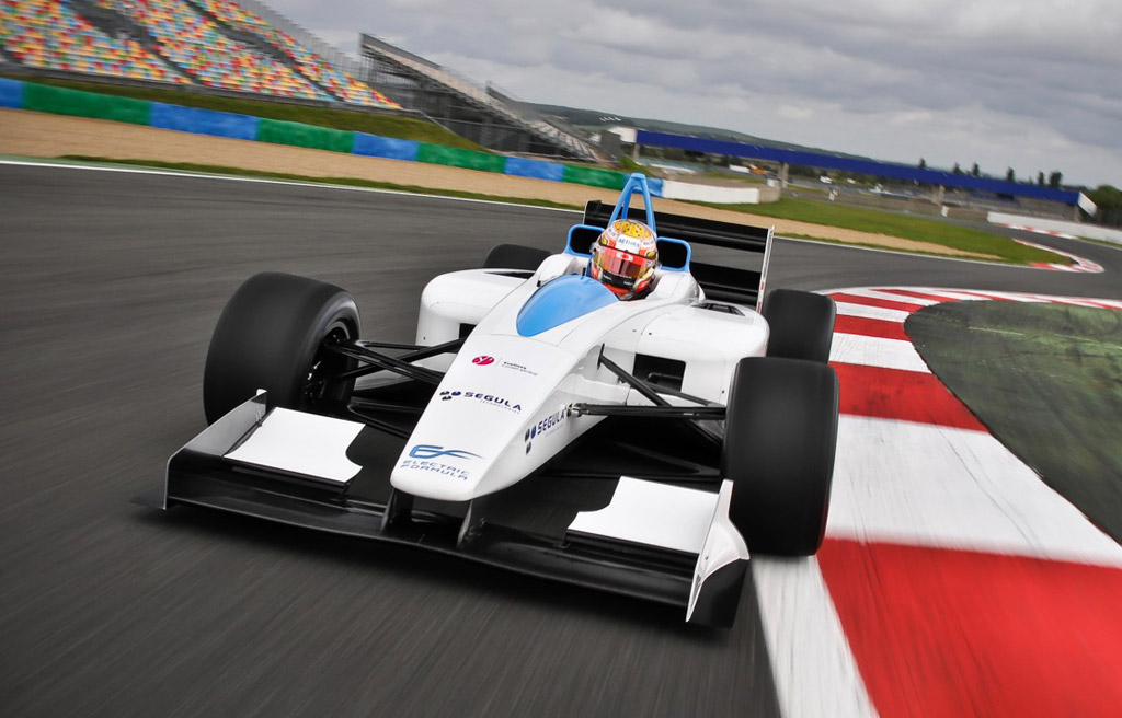 London S Olympic Park To Be Venue For Electric Car Race Series