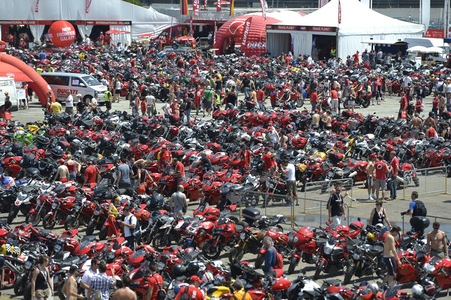 Gathering of the Ducati faithful - Ducati photo