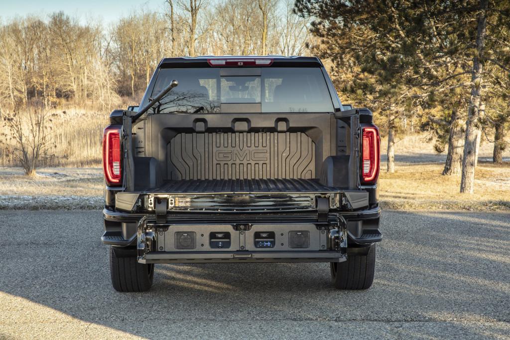 GMC Sierra 1500 CarbonPro bed brings supercar tech to pickup trucks