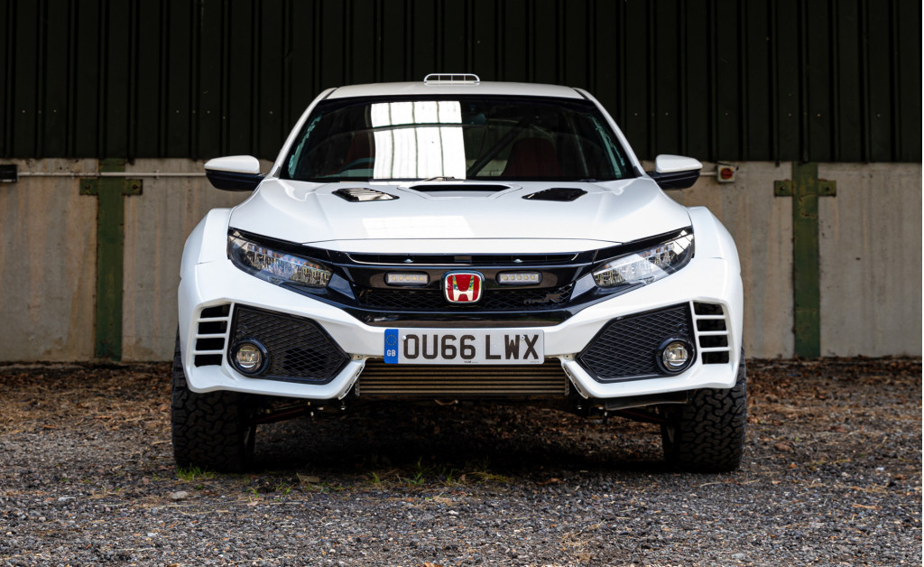 Lift kit turns Honda Civic Type R into a rally monster