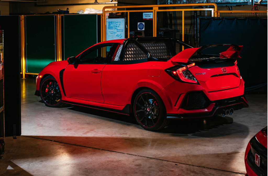 What if the Civic Type R came as a pickup? Wonder no more