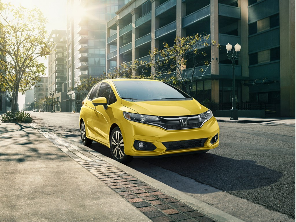 honda fit 2018. 2018 honda fit: new safety features, style, sport model, smartphone connectivity added (update) fit r