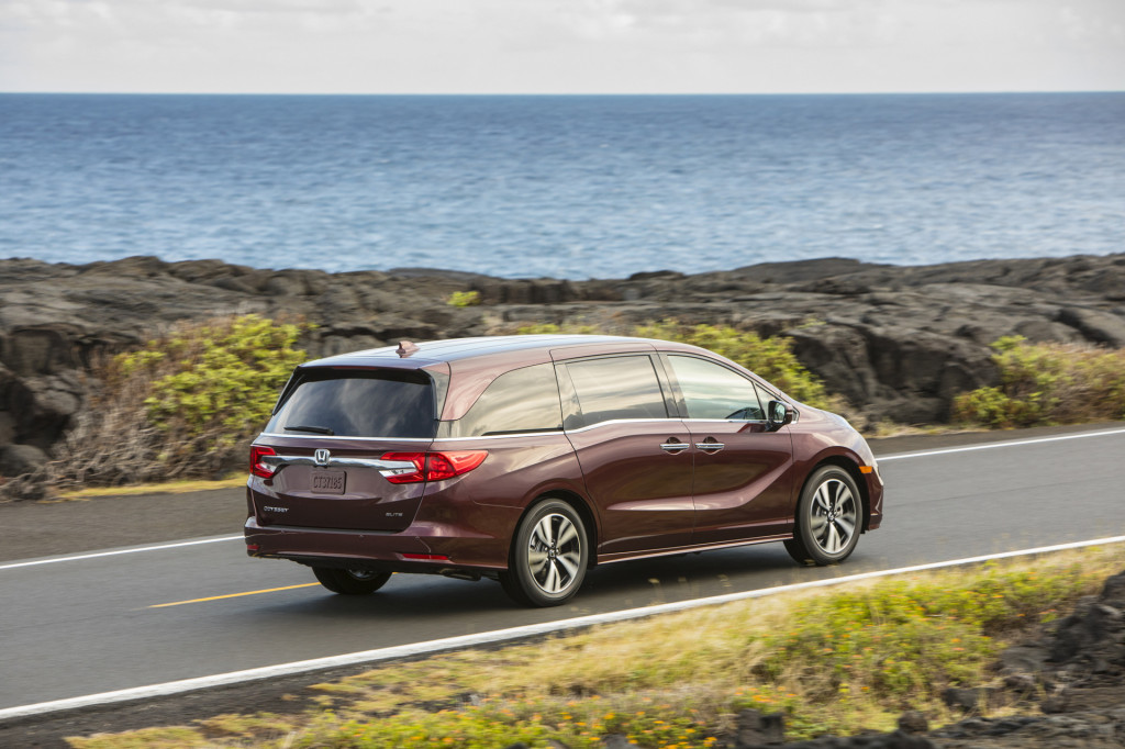 2020 Honda Odyssey gets standard 10-speed automatic, 25th anniversary package