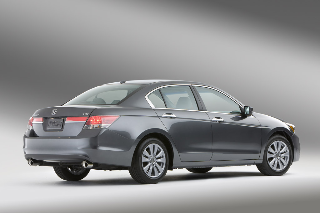 Honda Unveils Updated 2011 Accord