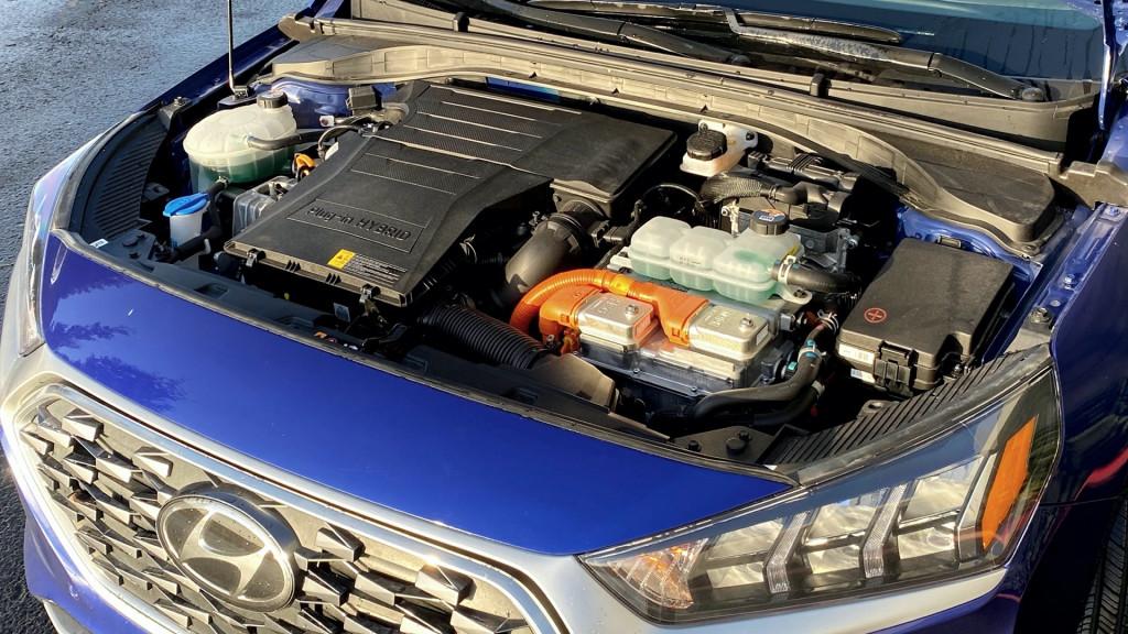 Hyundai Ioniq Plug-In Hybrid - January 2021