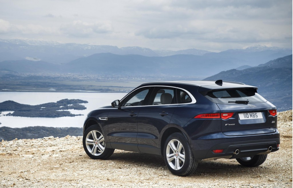 Jaguar Expands F Pace Lineup With New Gas 4 Cylinder Engine