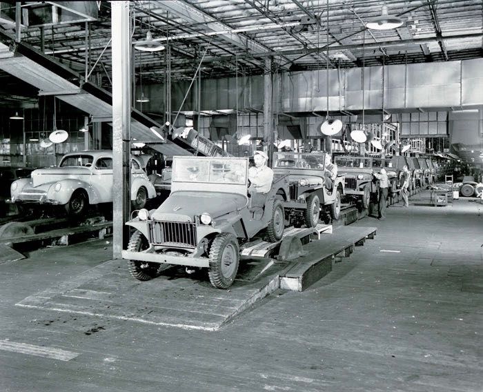 Willys production; courtesy of the Toledo-Lucas County Public Library, obtained from http:///images2