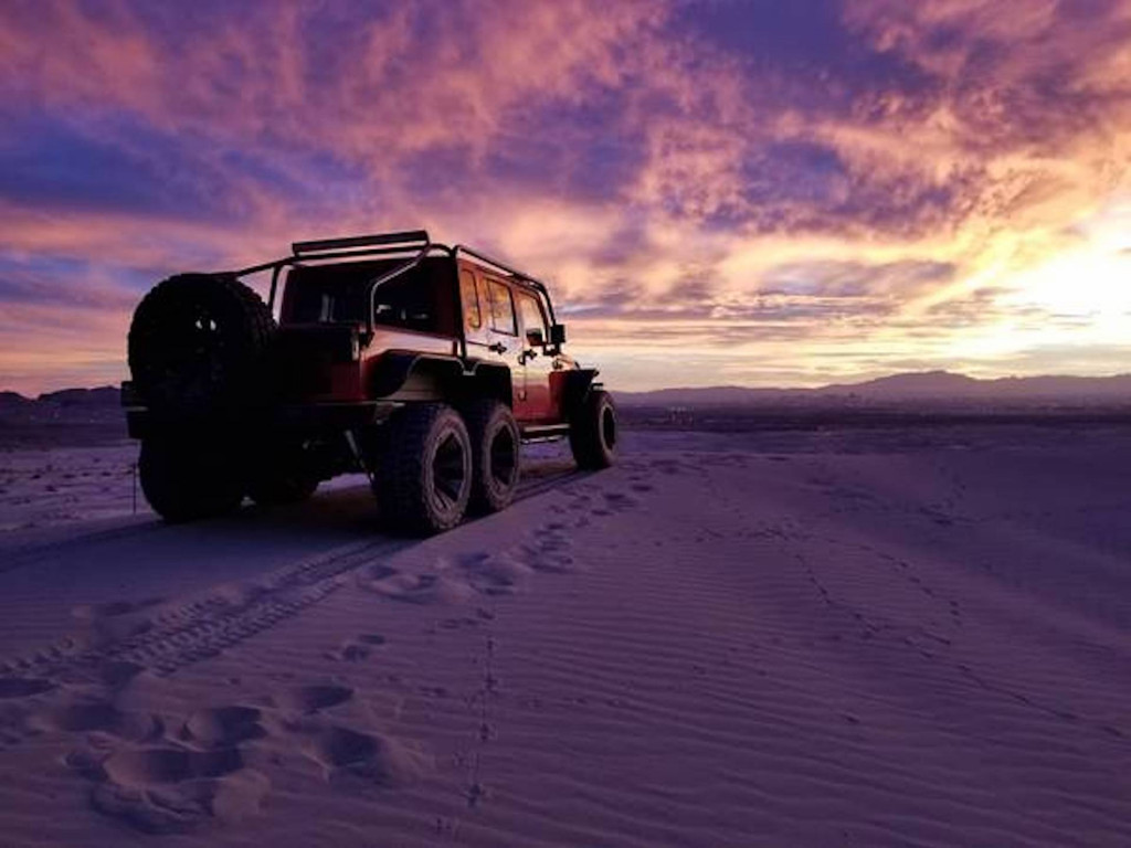 Jeep Wrangler 6x6 with Hellcat V-8 by Exotic Custom Motorsports