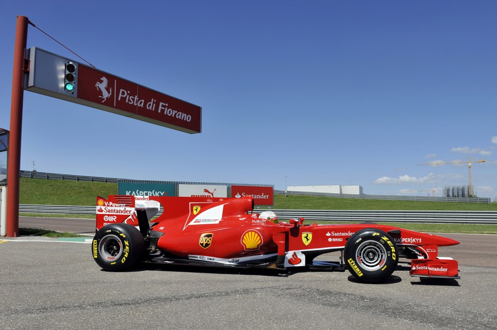 Image: Kamui Kobayashi tests Ferrari's 2010 F1 car at Fiorano, size