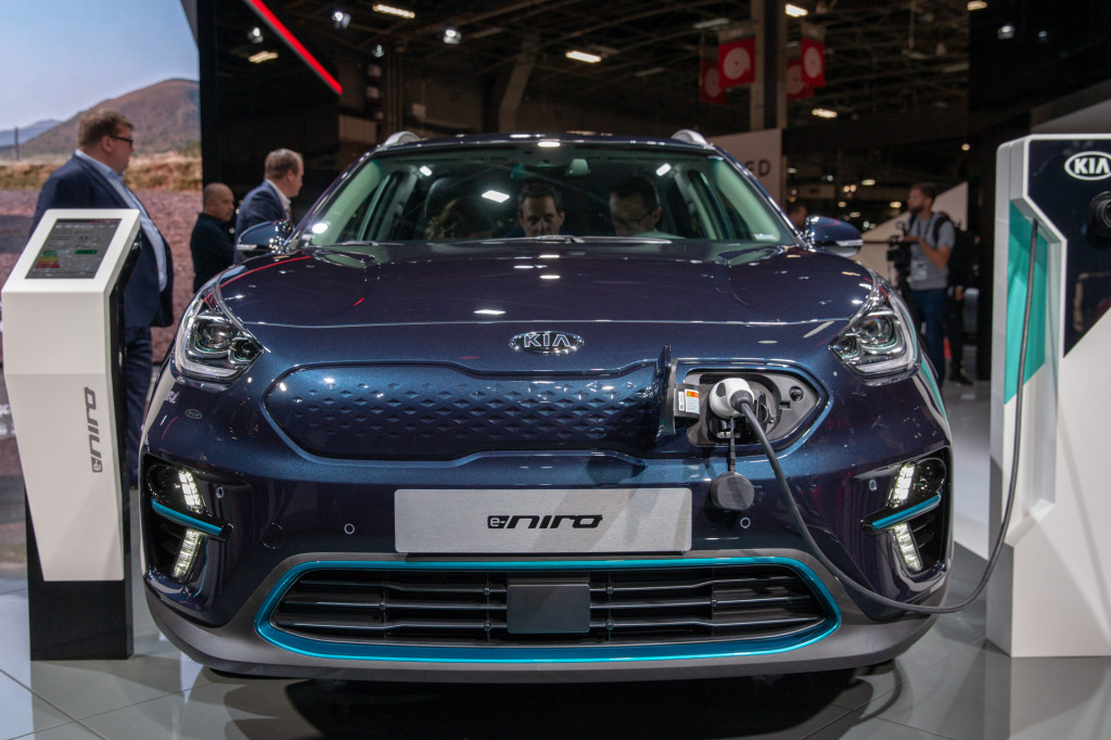2019 Kia Niro EV sneak peek: More range, more details, more coming