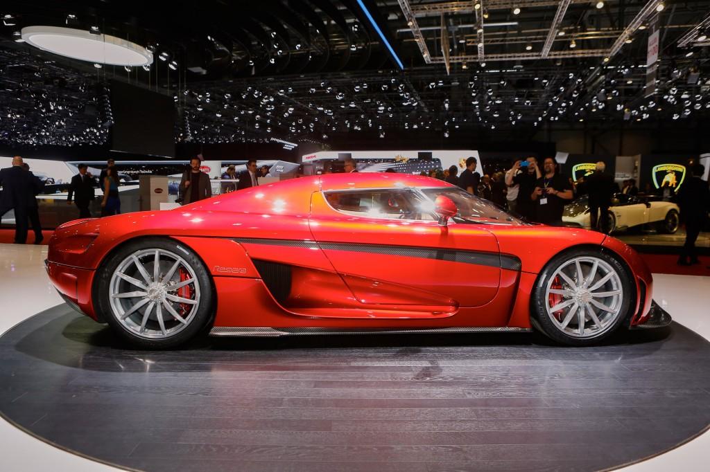Christian von Koenigsegg brings the Regera to Jay Leno's Garage