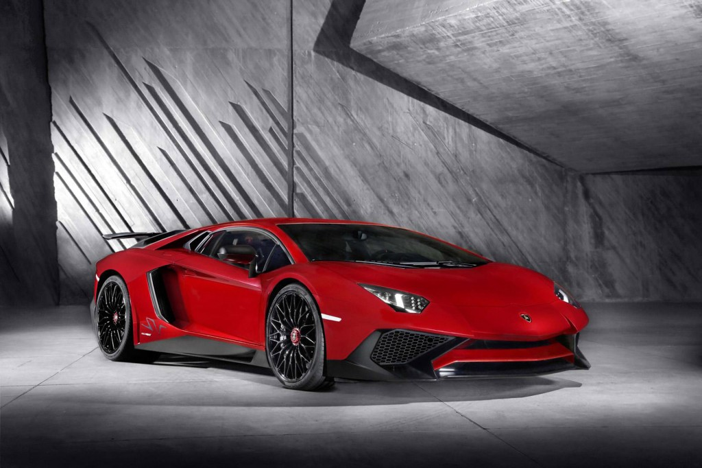 Lamborghini Aventador Lp 750 4 Superveloce Revealed In Geneva Video