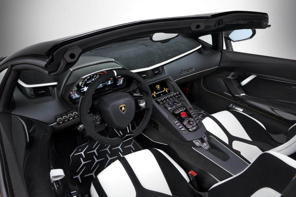 Lamborghini Aventador Svj Roadster Storms Geneva