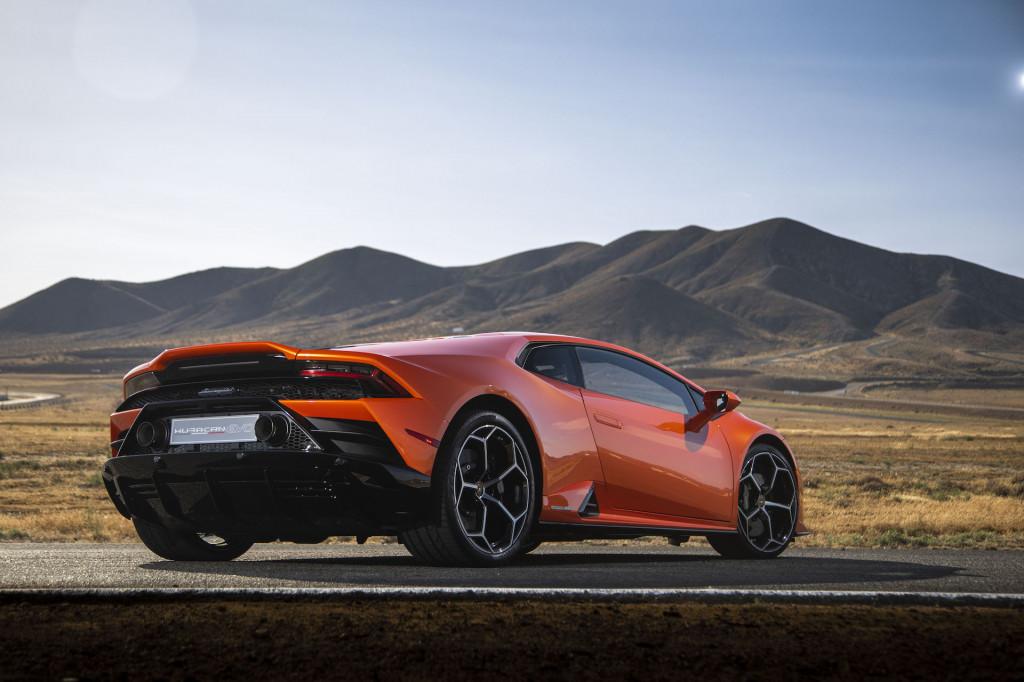 2019 Lamborghini Huracán Evo first drive, Willow Springs Raceway, June 2019