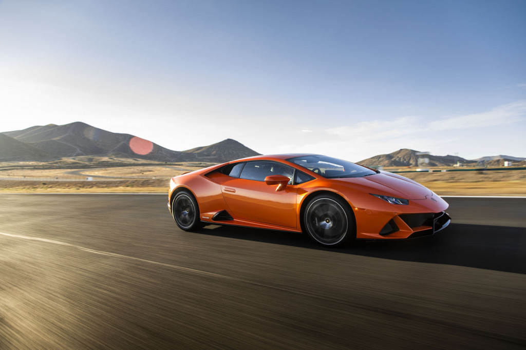 First drive review: 2019 Lamborghini Huracán Evo takes a tech leap forward