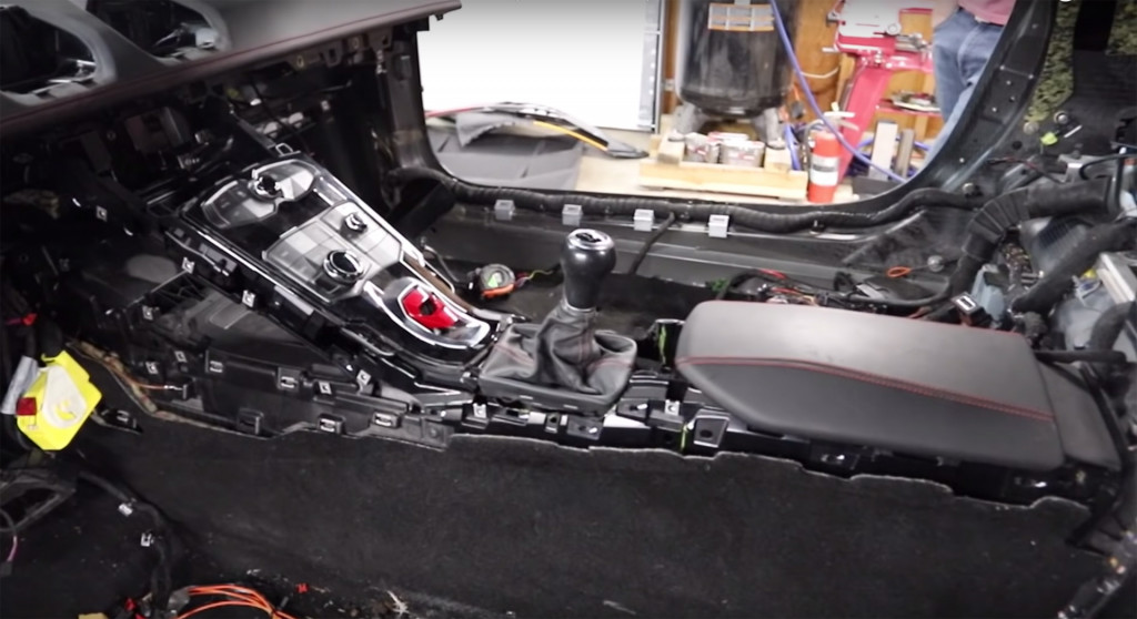 A Lamborghini Huracan with a manual transmission is officially a thing