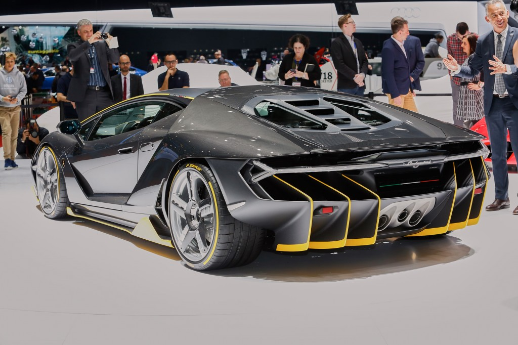 This Week's Top Photos: The 2016 Geneva Motor Show edition