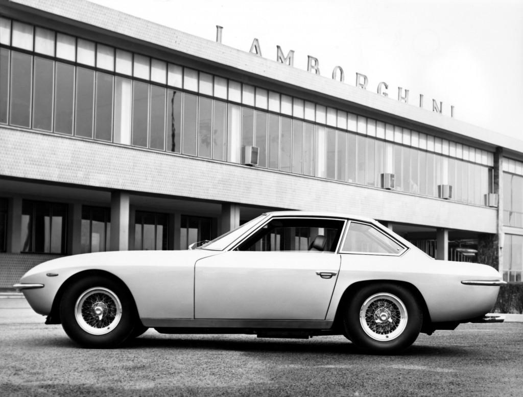Lamborghini remembers the Espada and Islero as they turn 50