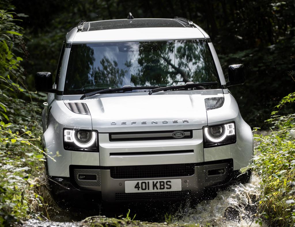 2021 Land Rover Defender 90 X-Dynamic