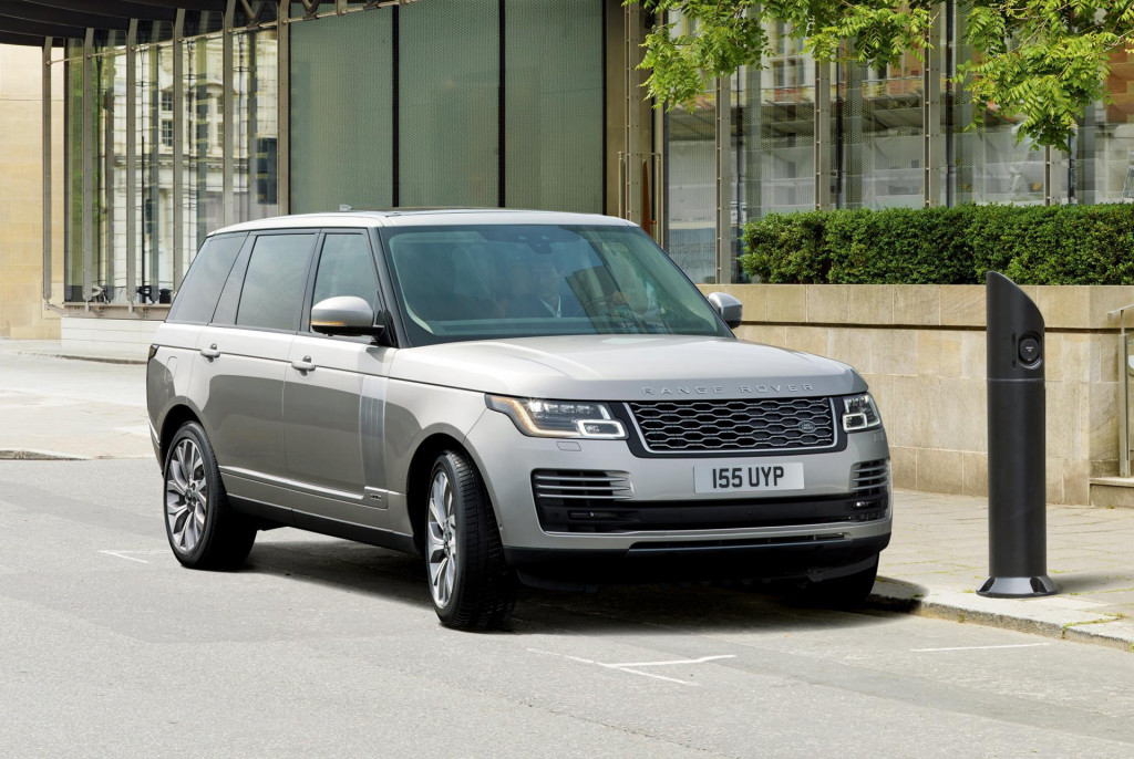 2019 Land Rover Range Rover Sport P400e priced from $79,295, Range Rover P400e from $96,145
