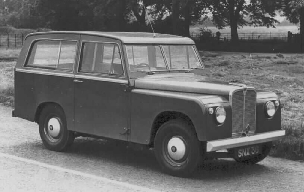 Land Rover SNX 36 'Road Rover' prototype from the 1950s
