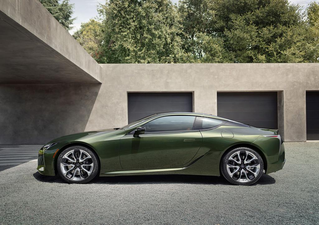 2020 Lexus Coupe Interior