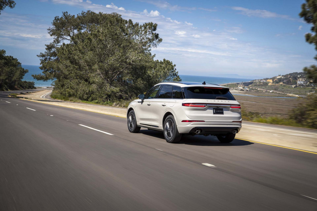 RAV4 Prime, E-Tron Sportback, ID Space Vizzion, 5 things on Mustang Mach-E: Today's Car News