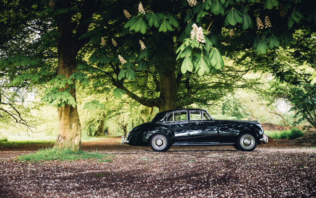 British firm converts old Jaguars and Rolls-Royces to electric power