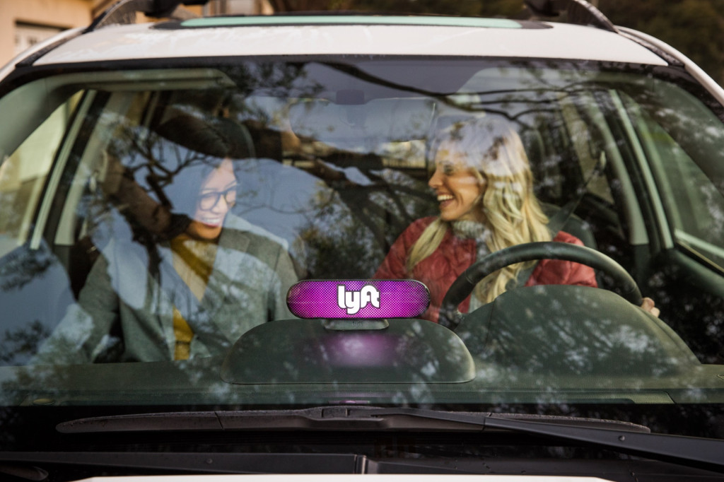 Lyft aims to be all-electric by 2030, says it won't be easy