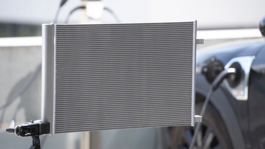 Mahle condenser for electric cars