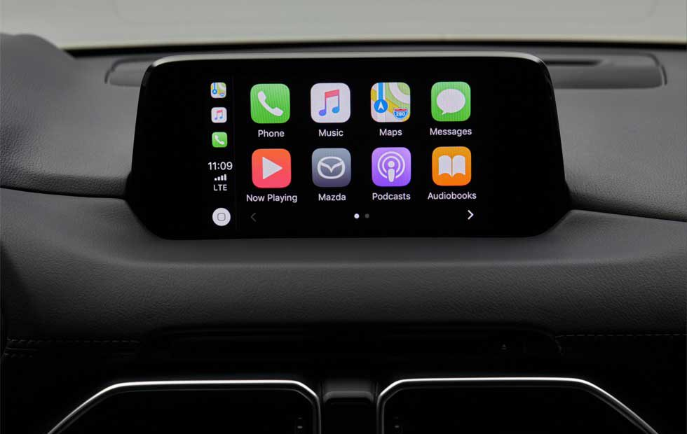 Mazda Apple CarPlay connectivity
