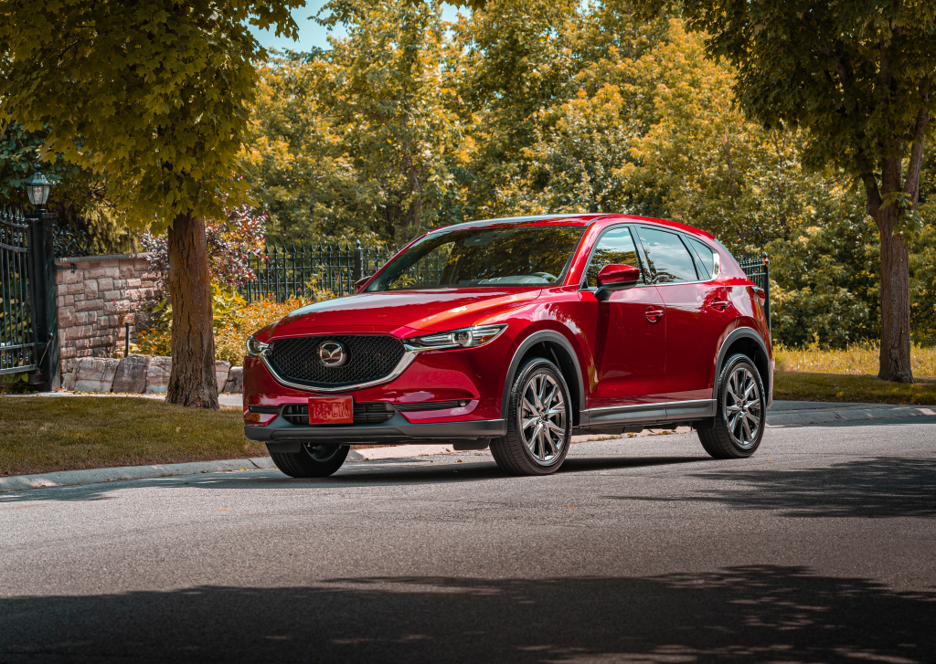 2020 mazda cx 5 comes standard with more safety tech. Black Bedroom Furniture Sets. Home Design Ideas