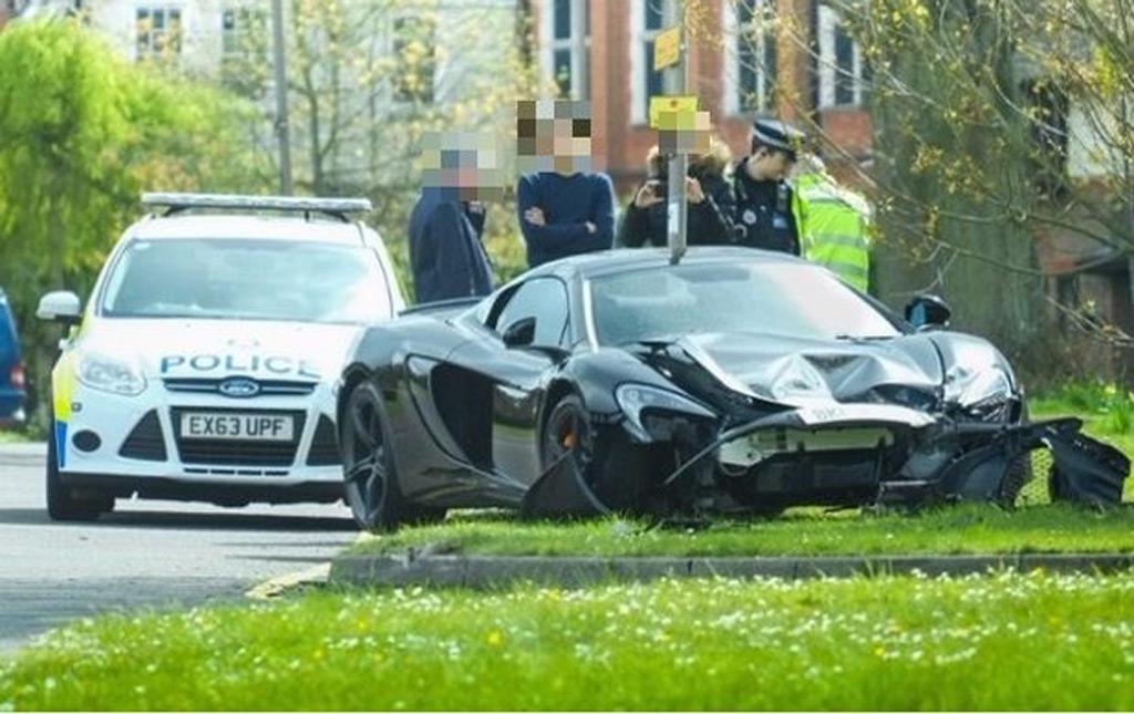 McLaren 650S Spider that crashed 10 minutes after delivery - Image credit, Joshua Latchford
