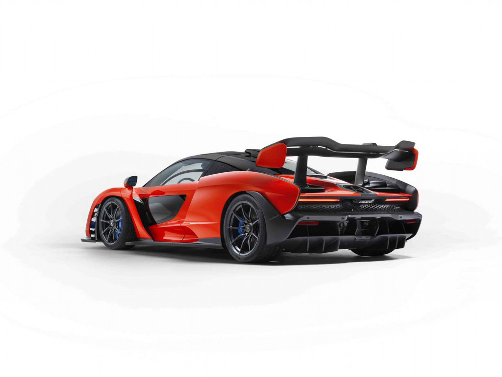 Final build slot for McLaren Senna raises $2.67M for charity