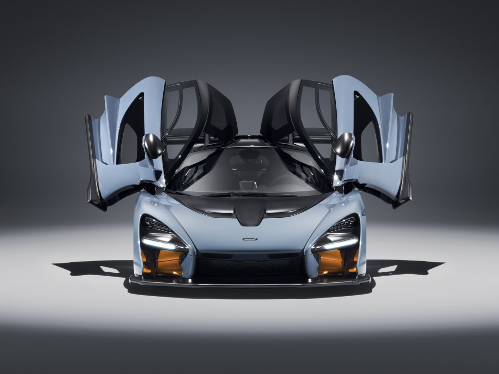 McLaren Senna: 0-60 mph in 2.8 seconds, 211 mph top speed
