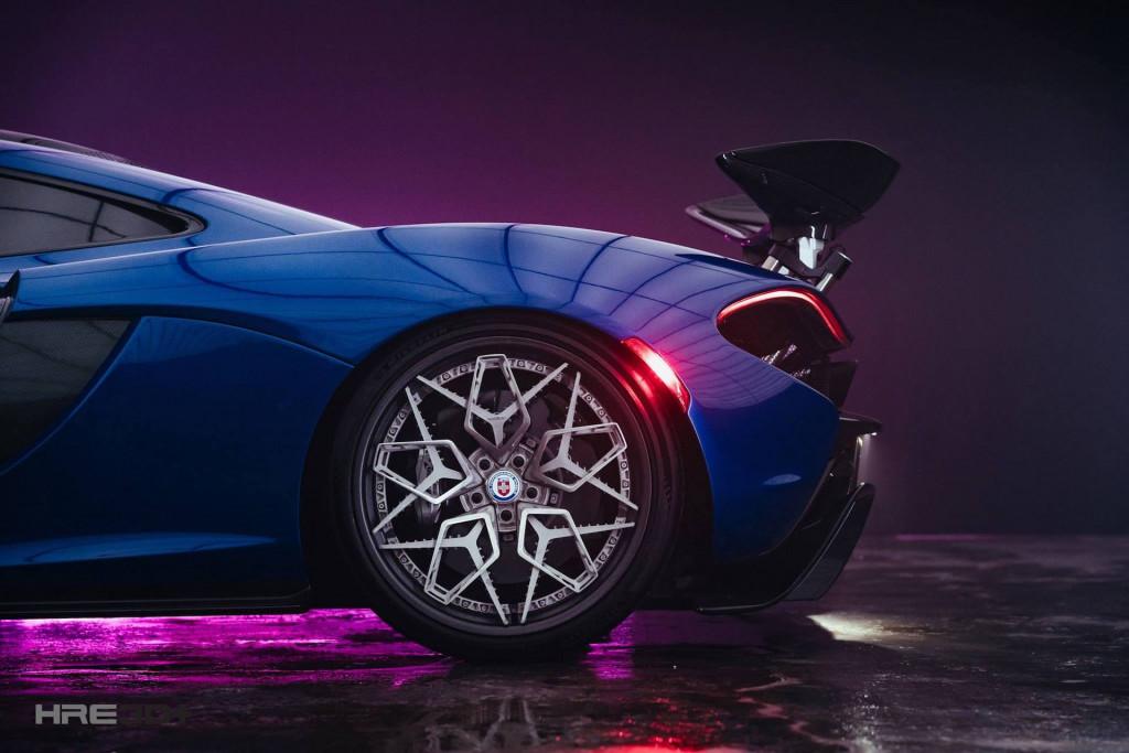 HRE 3D printed titanium wheels