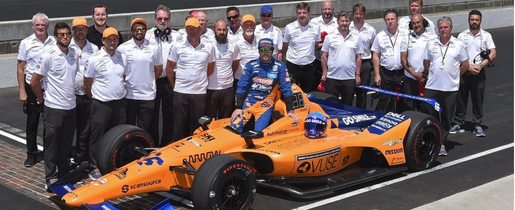 2019 McLaren Indy 500 team