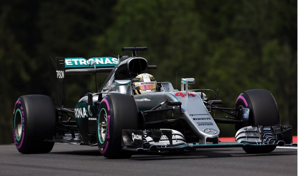 Mercedes AMG's Lewis Hamilton at the 2016 Formula One Austrian Grand Prix