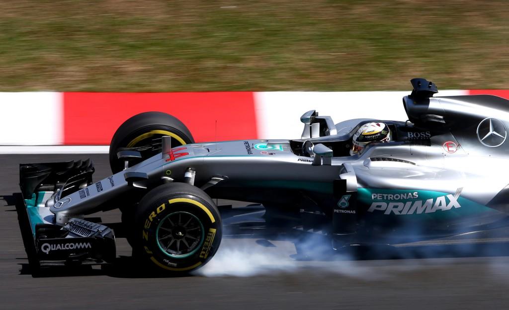 Mercedes AMG's Lewis Hamilton at the 2016 Formula One Malaysian Grand Prix