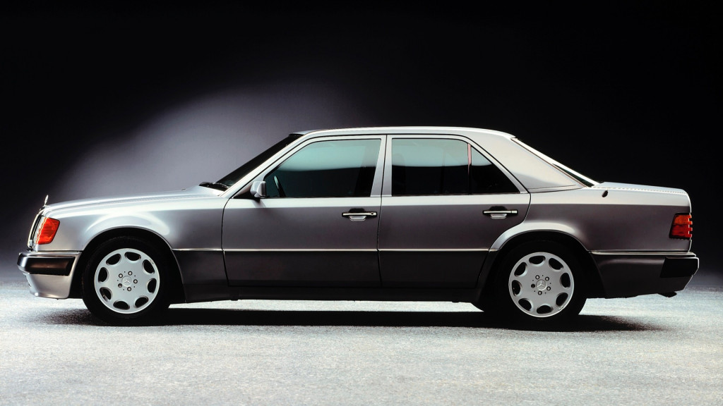 The Mercedes-Benz 500 E turns 30: Respect your elders