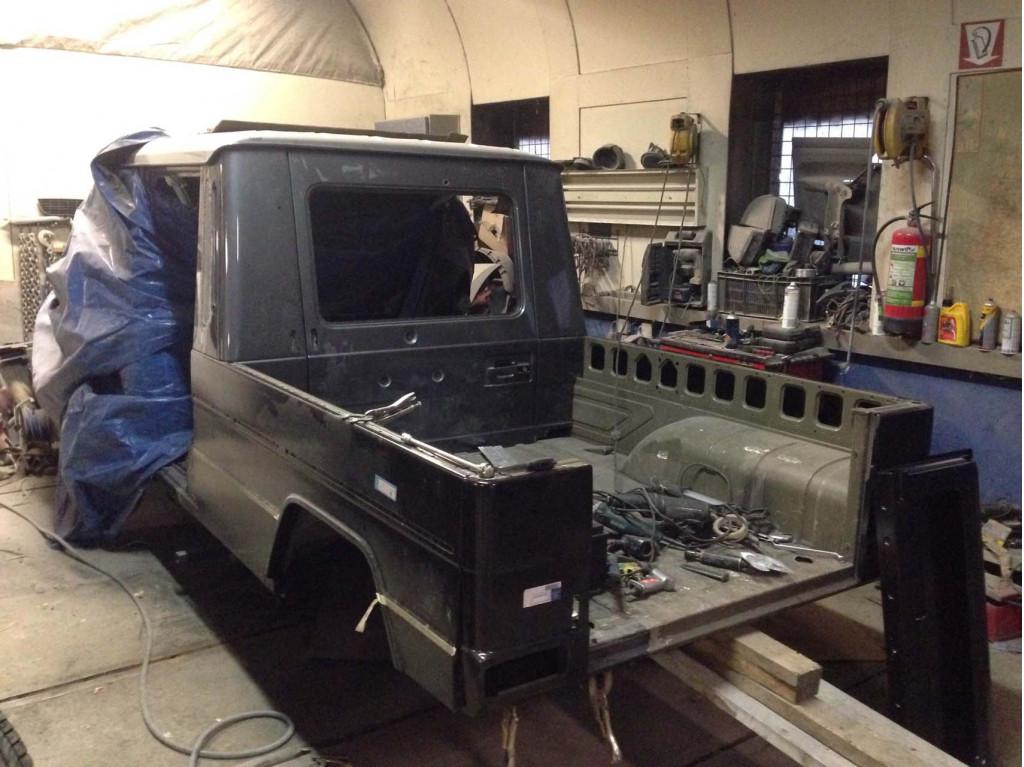 Off-roader built a Mercedes-Benz G-Class pickup because ...