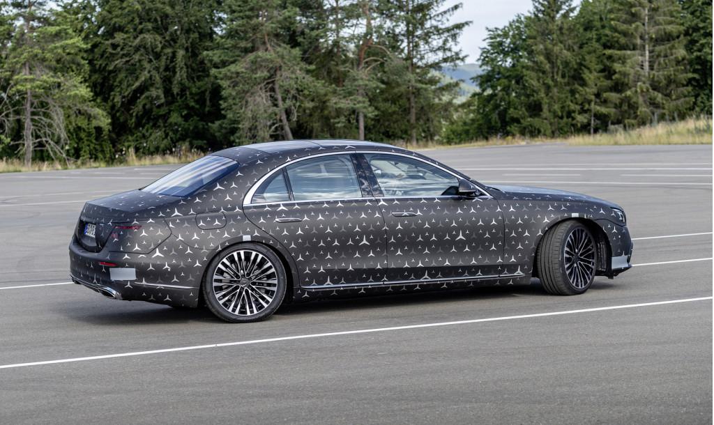 Mercedes-Benz S-Class prototype demonstrates rear-wheel steering